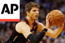 Cavs' Korver Leaves Team Following Brother's Death