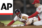 Braves SS Swanson torn hand ligament, playoff status unclear