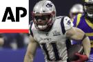 Patriots beat Rams 13-3 in lowest scoring Super Bowl ever