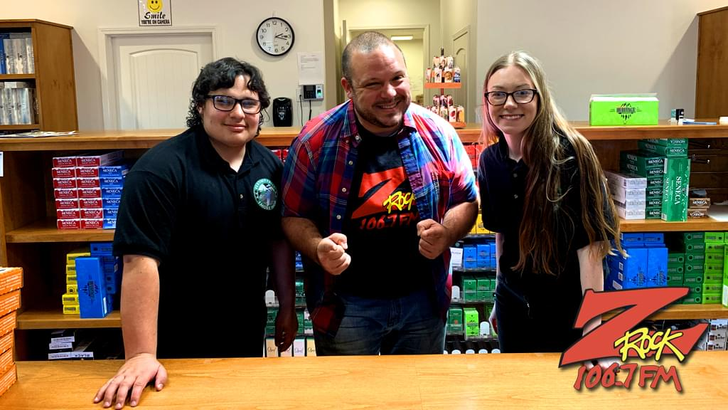 Boris with winners at Feather Falls Smoke Shop in Oroville for the Z-Rock Munch Box