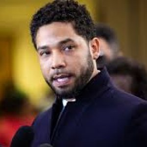 aking heat for dropping charges against 'Empire' actor Jussie Smollett SHARE THIS —  U.S. NEWS Top Chicago prosecutor taking heat for dropping charges against 'Empire' actor Jussie Smollett
