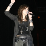 Martina McBride Says Goodbye To Her Mother in Touching Post {PICS}