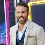 """Ryan Reynolds Gives 84 Year Old Leap Baby Her First """"Legal"""" Drink"""