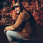 This Country Star Says He Doesn't Need Toilet Paper Because He Never Uses It…Here's Why {VIDEO}