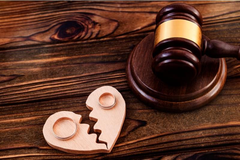 Couple's Court