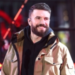 """Sam Hunt Performs """"Breaking Up Was Easy in the 90s"""" on *The Tonight Show* {VIDEO}"""