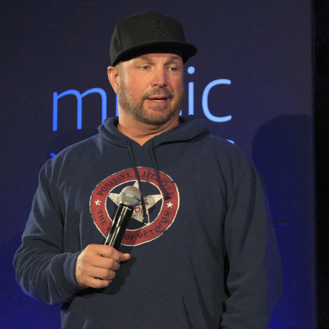 Garth Brooks to Play Intimate Two-Night Show At Ryman; Teases Vegas Residency