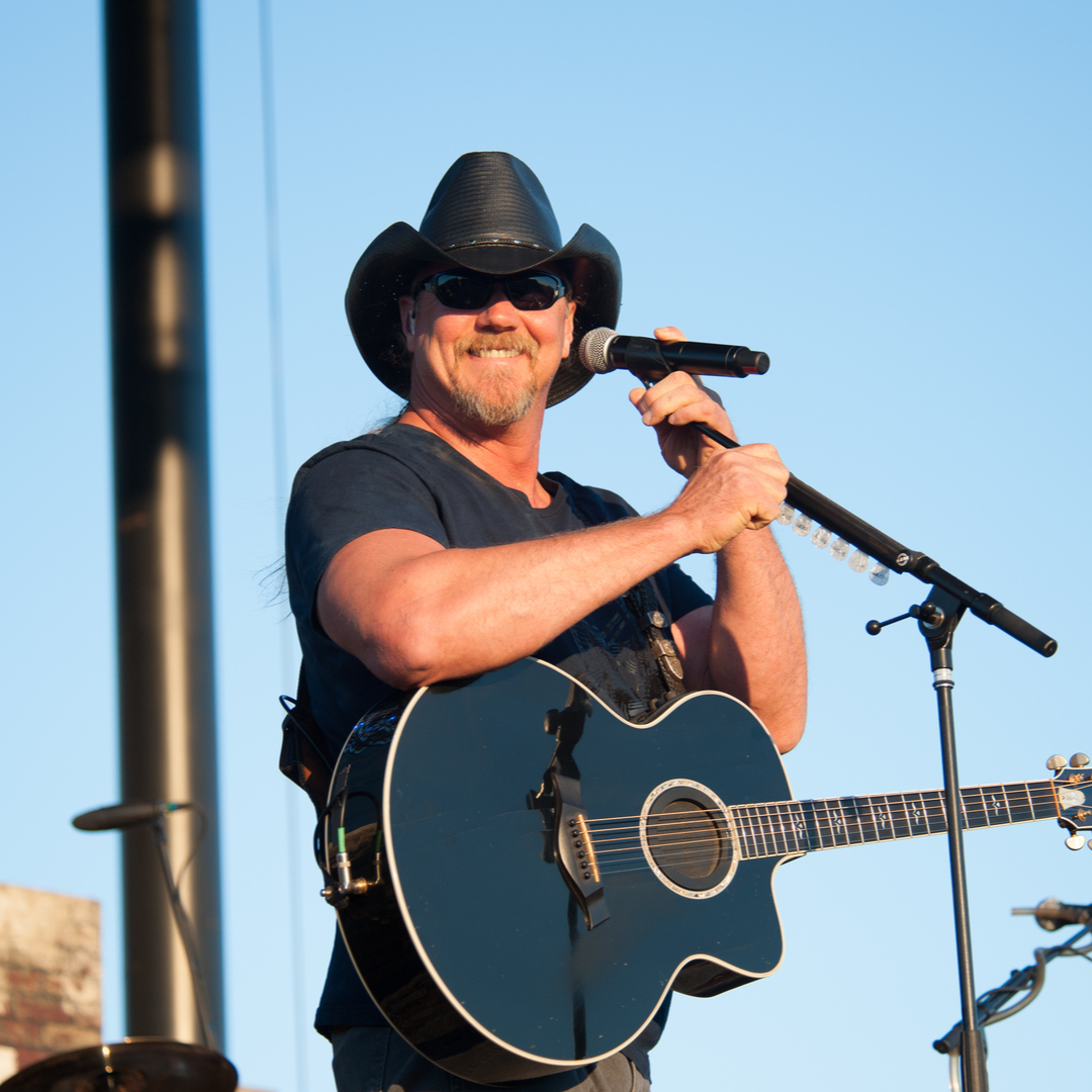 """Trace Adkins Set to Star in New Country Music Drama """"Monarch"""" Alongside Susan Sarandon on Fox"""
