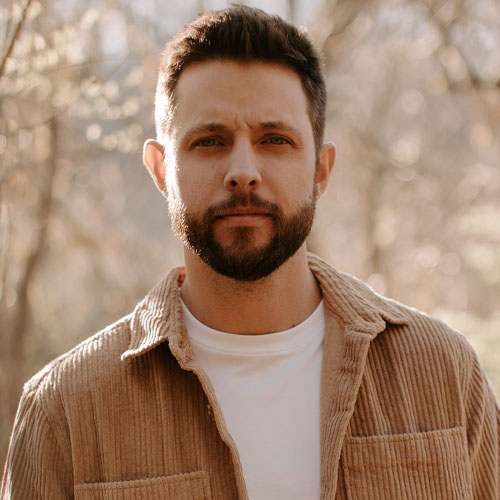 Rising Country Star Ray Fulcher Talks to Annaliese About His New Music and Writing Four #1 Hits for Luke Combs {WATCH}