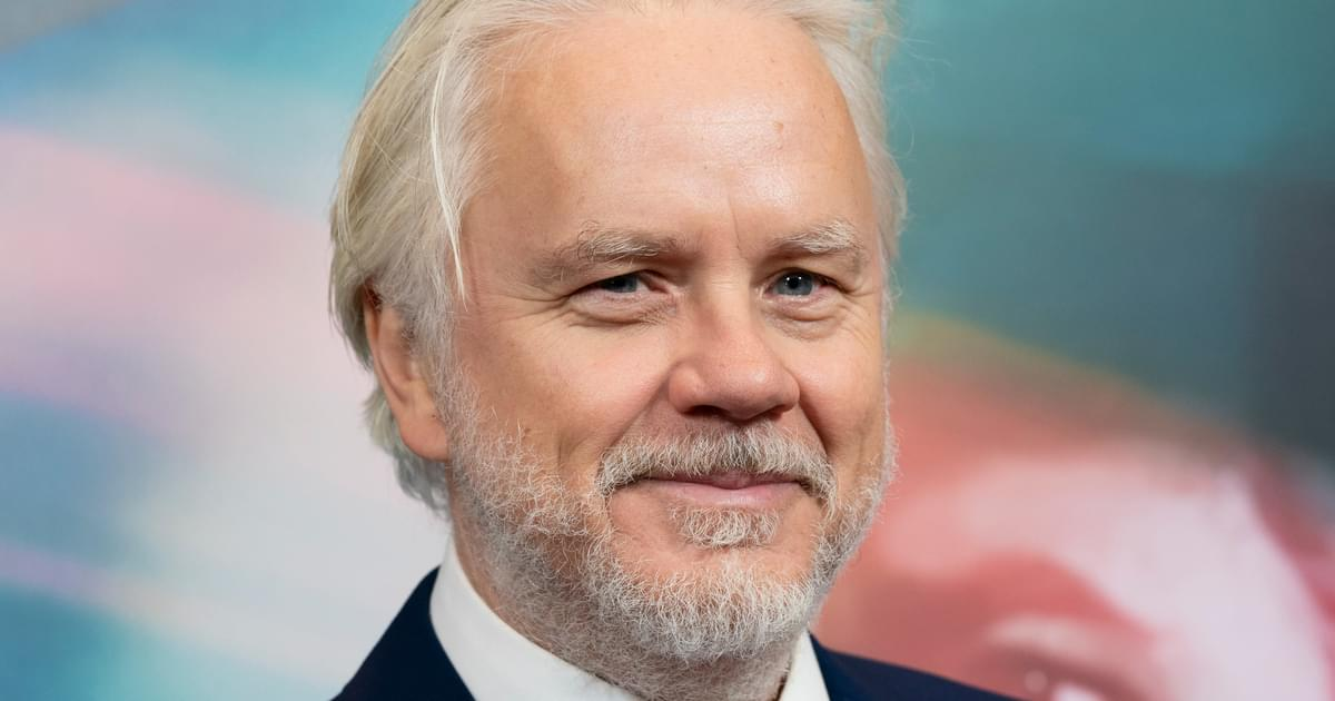 Tim Robbins Files For Divorce After Secretly Marrying Girlfriend