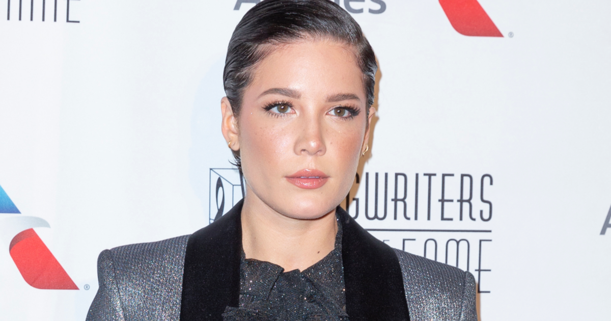 Halsey Opens Up What Made Her Feel Like a 'Failure' During Pregnancy