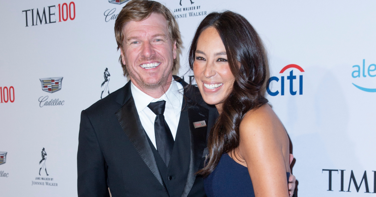 Fixer Upper Star Chip Gaines Shaved Off All His Hair For a Great Cause