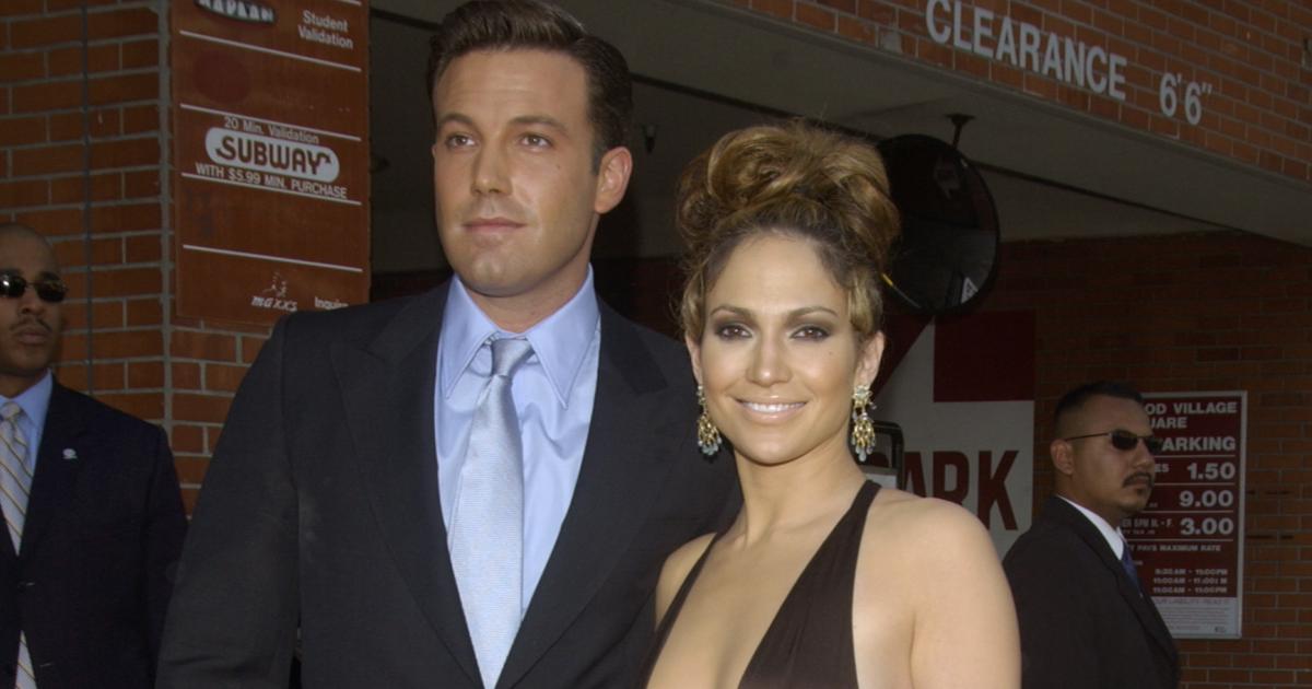 'Jeopardy!' Fans Think The Show Predict Jennifer Lopez & Ben Affleck's Reunion