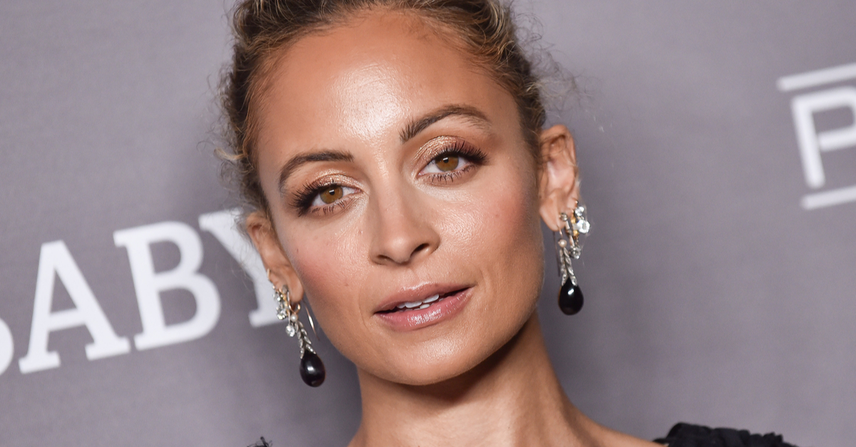 Nicole Richie Accidentally Lit Her Hair on Fire During 40th Bday Dinner [VIDEO]