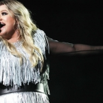 Kelly Clarkson Reveals 'Everyone Was So Rude' During 'American Idol' Days {WATCH}