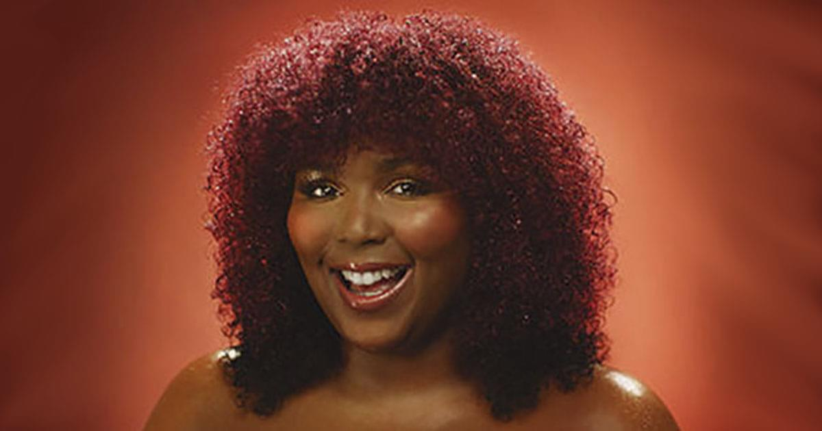 Lizzo Looks Stunning With New Fire-Engine Red Hair {VIDEO}