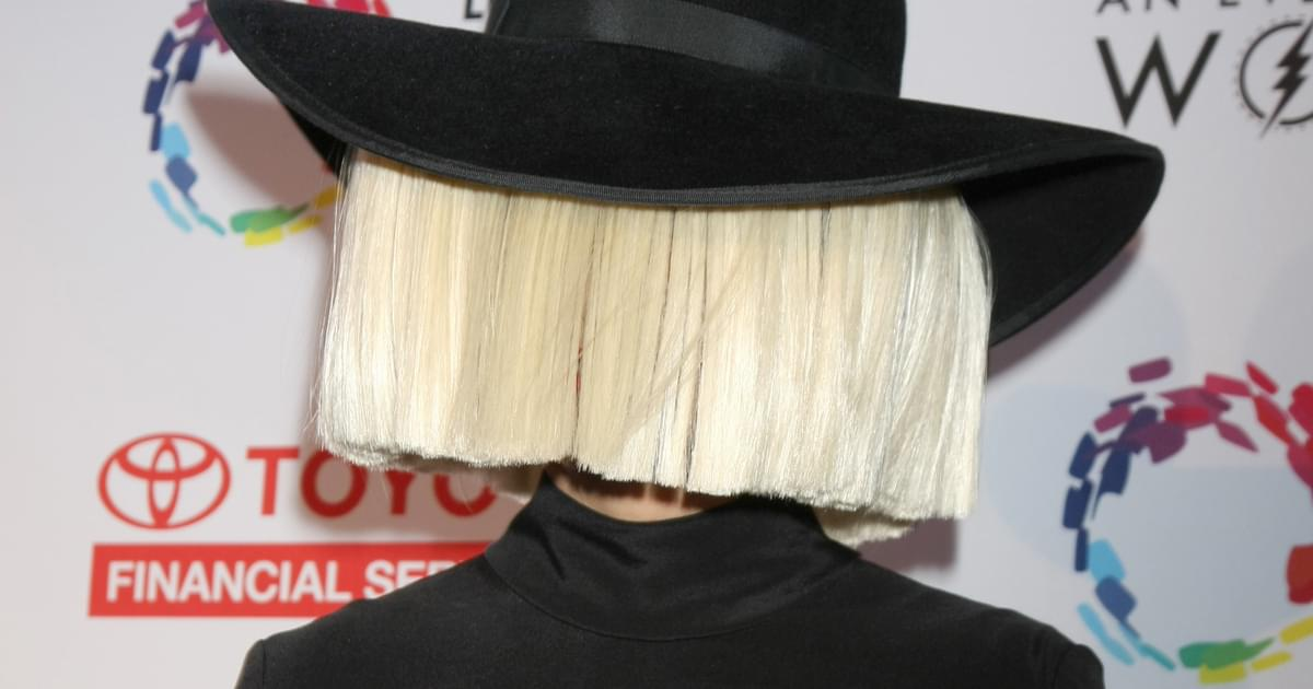 Sia Says She Texted Diplo to See if He Was Interested in 'No-Strings Sex'