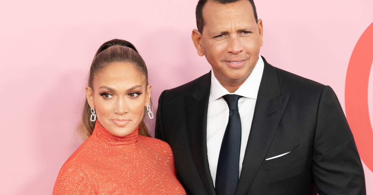 "Jennifer Lopez and Alex Rodriguez Confirm Breakup: ""We Are Better as Friends"""