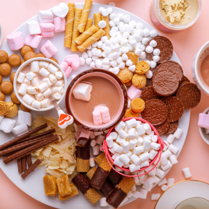 Here's How To Make a Hot Chocolate Charcuterie Board To Build The Perfect Mugs Of Hot Cocoa