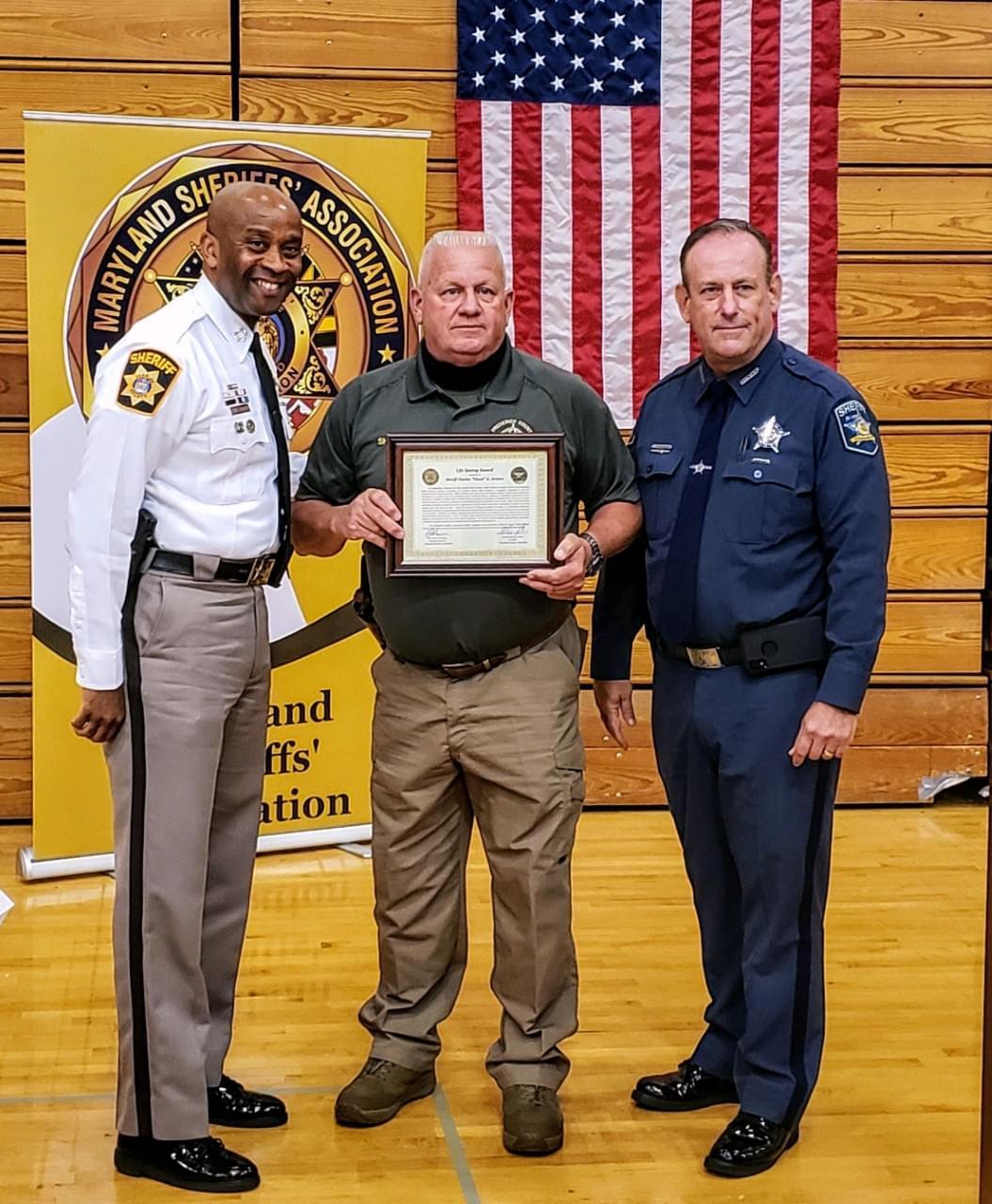 Sheriff Jenkins Receives Life Saving Award