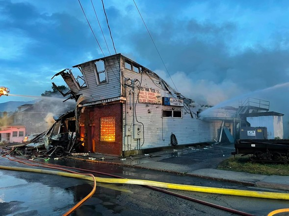 Fire Destroys Bar In Westernport