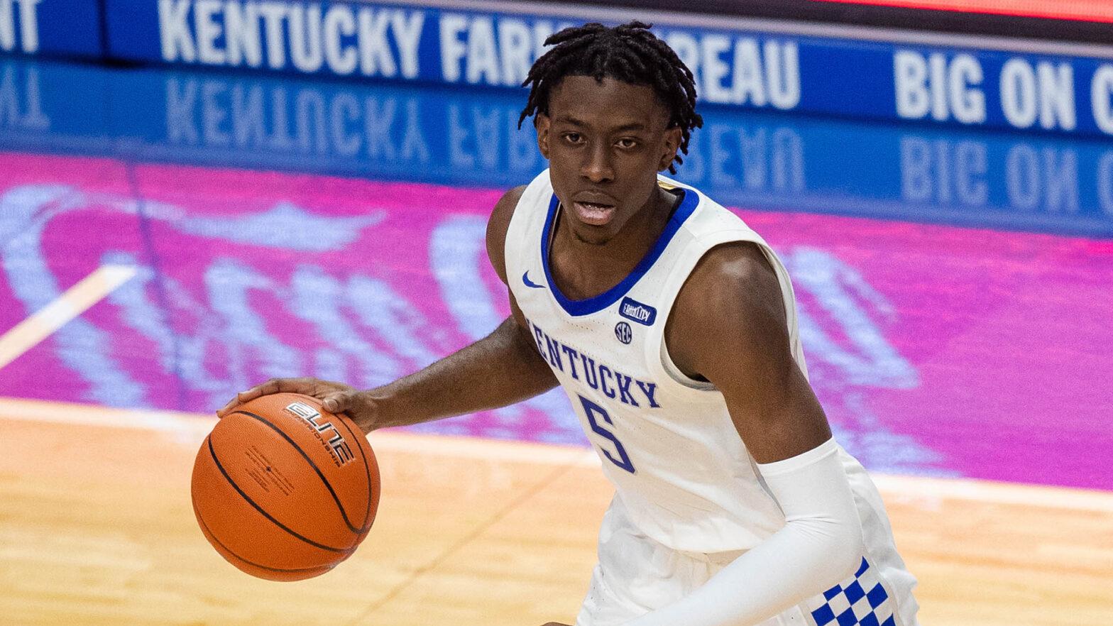 Former Kentucky Wildcats guard Terrence Clarke, 19, dies following car accident
