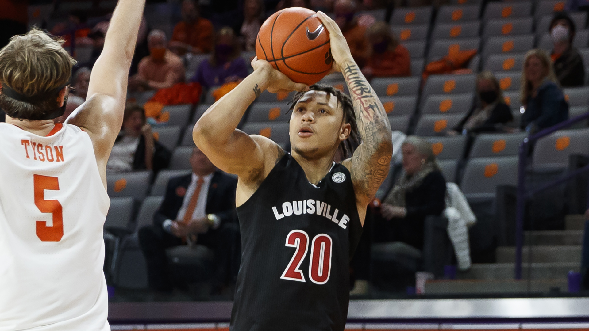 Louisville Guard Nickelberry Will Transfer from Cardinals