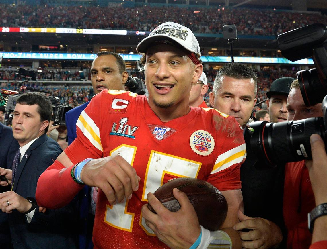 Mahomes, Chiefs agree to 10-year, $503 million extension