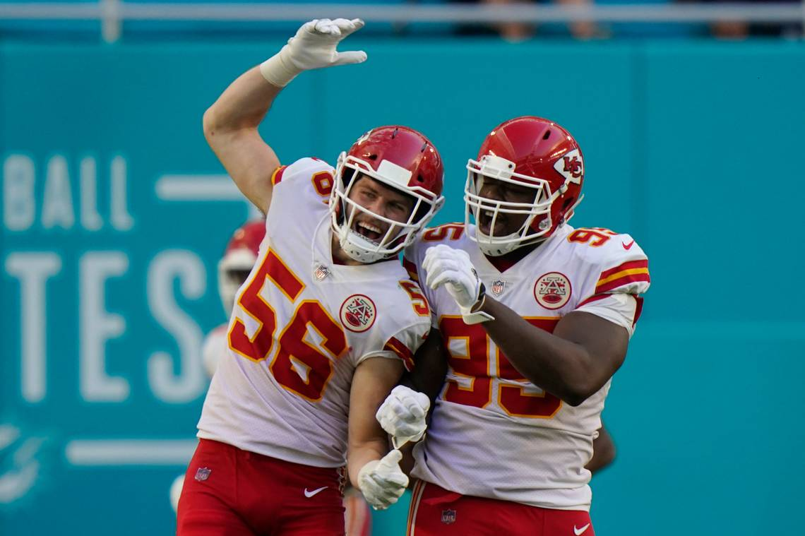 Chiefs Players React to Win Over Dolphins and AFC West Championship