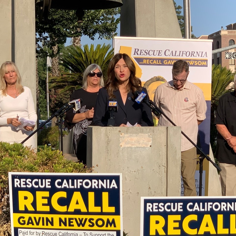 Recall Newsom Campaign Stops in Bakersfield
