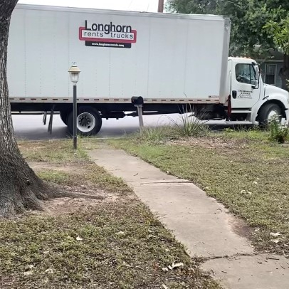 Bakersfield Police Searching for Stolen Moving Truck