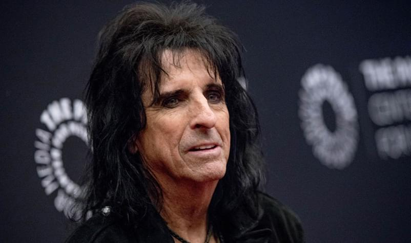 Alice Cooper Scared His Neighbors With a Scary Halloween Costume