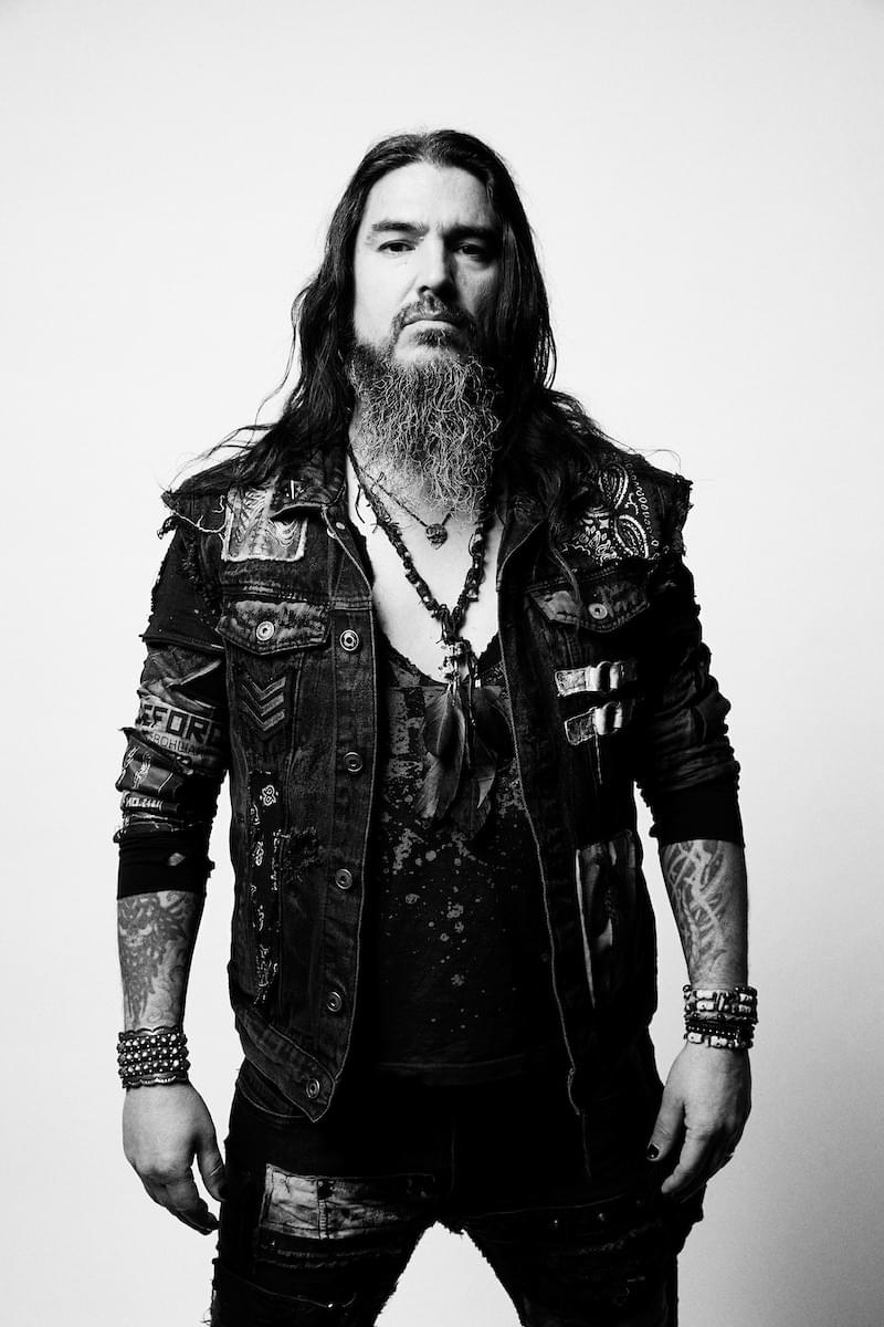 Robb Flynn of Machine Head guests on Whiplash this week!