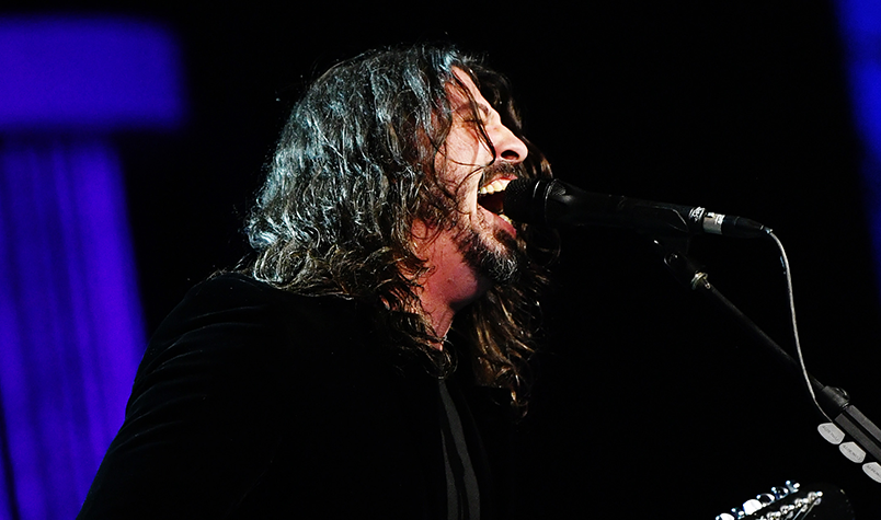 Grohl Remembers The Time He Jammed with Prince