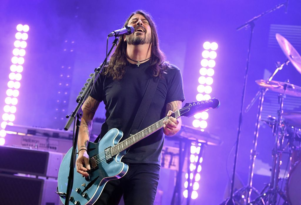 Covid Infection Causes Foo Fighters To Postpone Forum Show