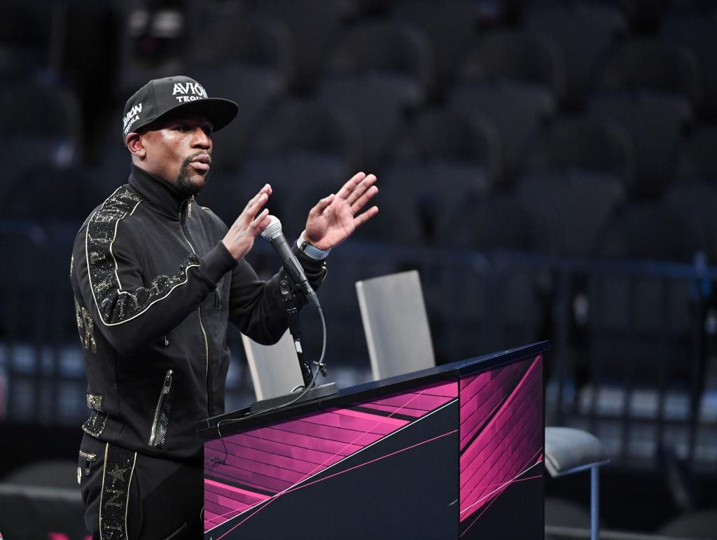 Floyd Mayweather Offers To Pay Fans $1,000 To Troll 50 Cent On Social Media