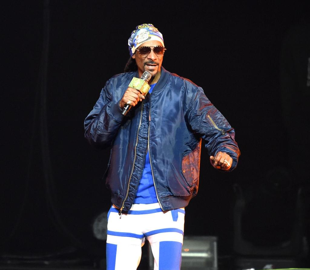 Snoop Dogg Offers To Adopt Abandoned Dog Named Snoop