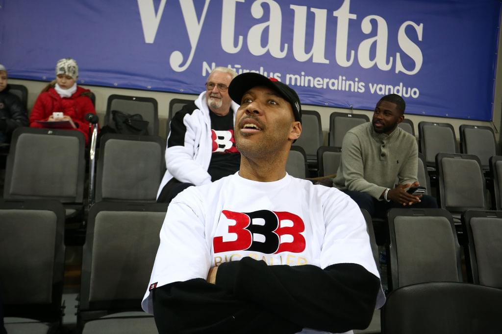 "LaVar Ball: ""Luke Walton Was The Worst Coach Ever for Lonzo"""