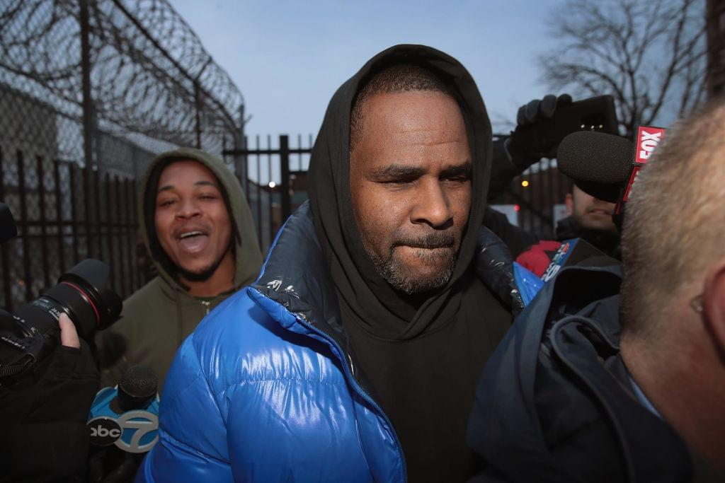 R. Kelly Might Go Back To Jail Over Unpaid Child Support Payments