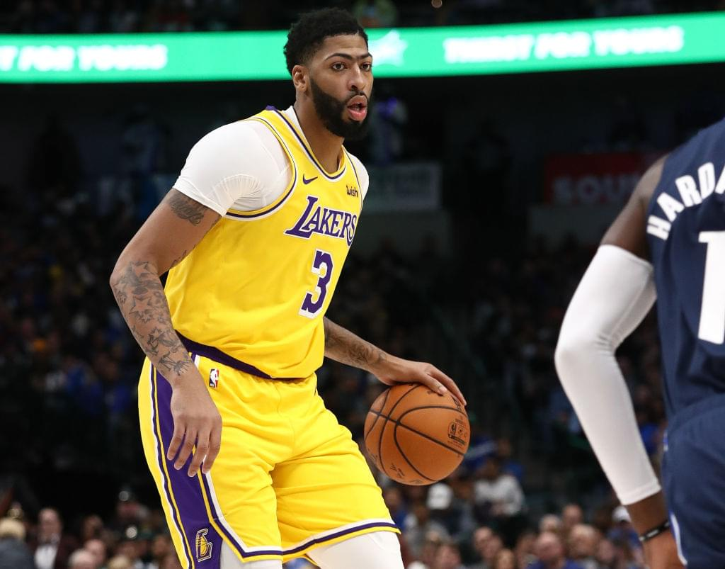 Lakers' Anthony Davis Says He's Been Playing Through Lingering Injury