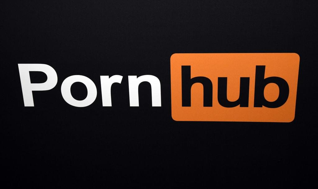 A Deaf Man Is Suing PornHub