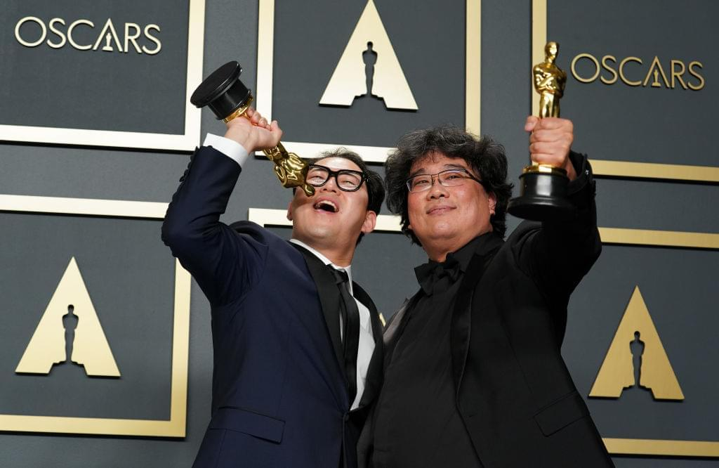 "'Parasite' Wins BIG At The Oscars While ""Oscars So White"" Trends Again"
