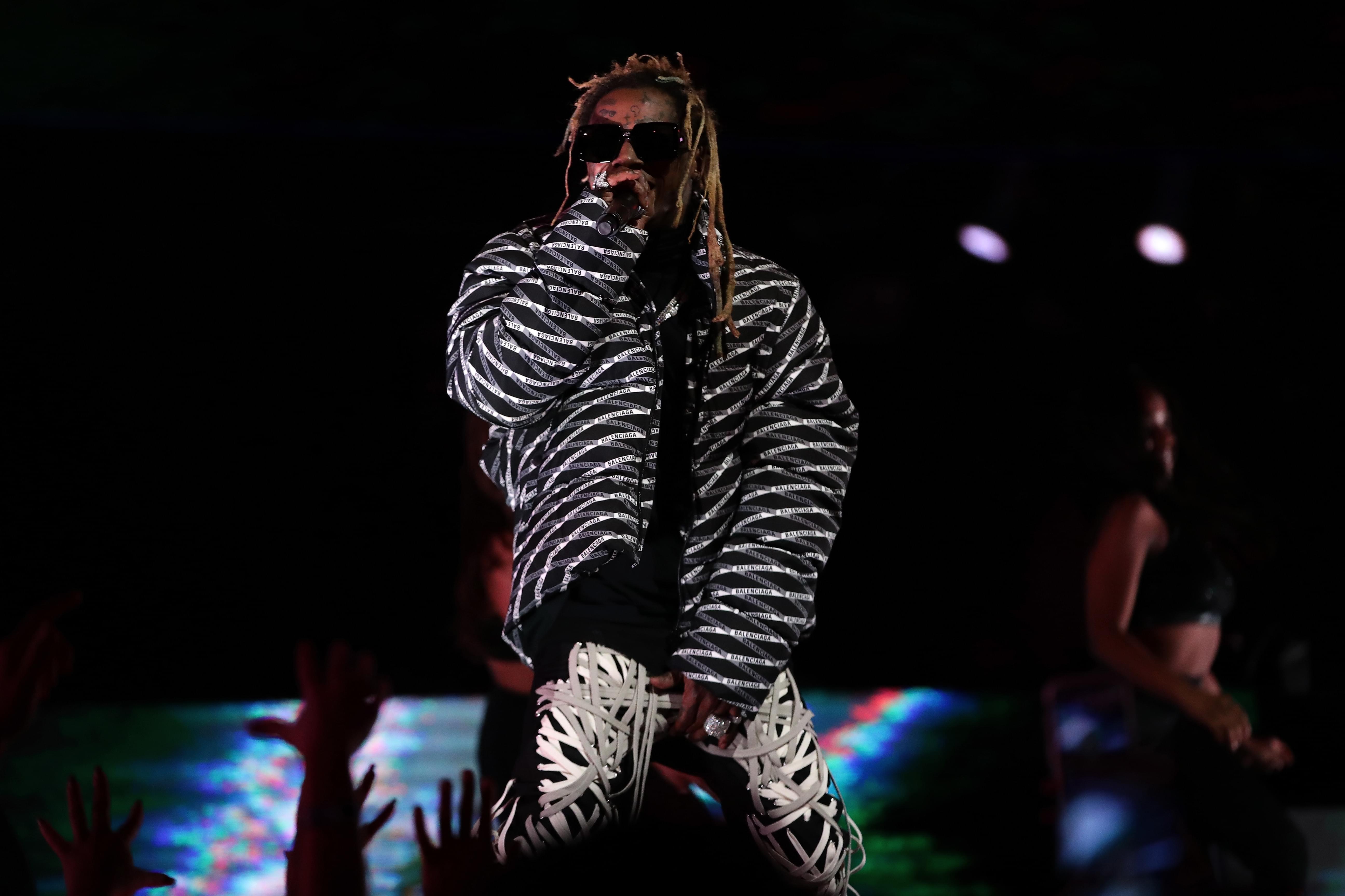 Lil Wayne Makes 53 Songs In One Night