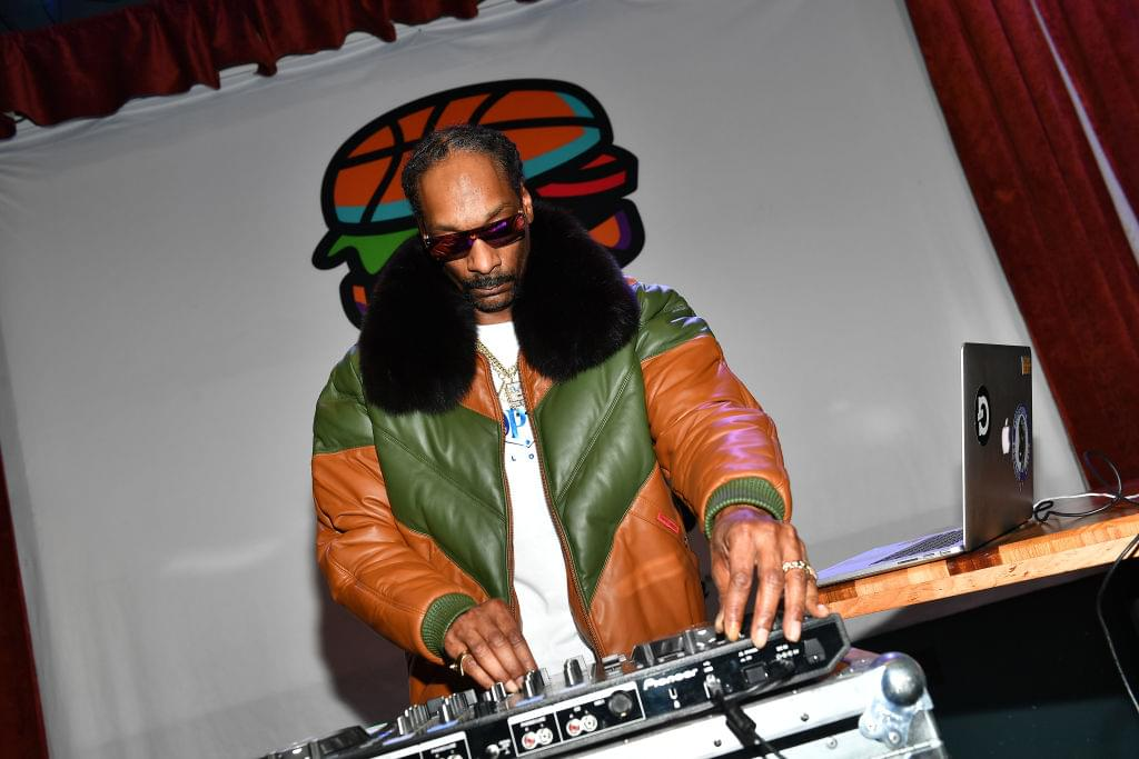 Snoop Dogg's Tracklist For 'I Wanna Thank Me' Is LIT