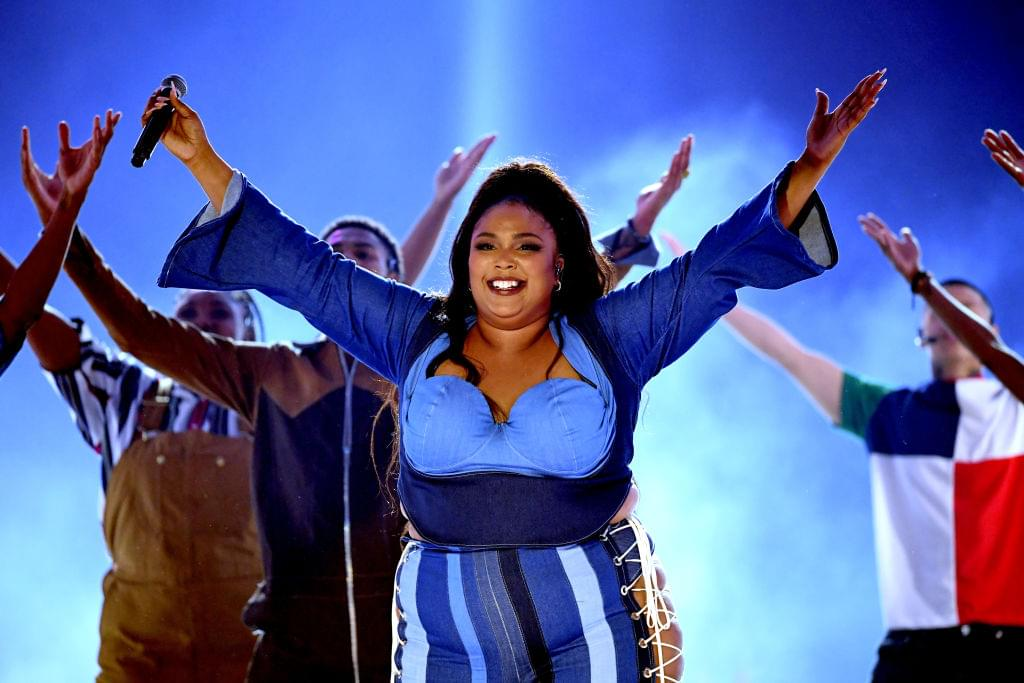 [WATCH] Lizzo And Her Vocals Absolutely Murder NPR's Tiny Desk Concert
