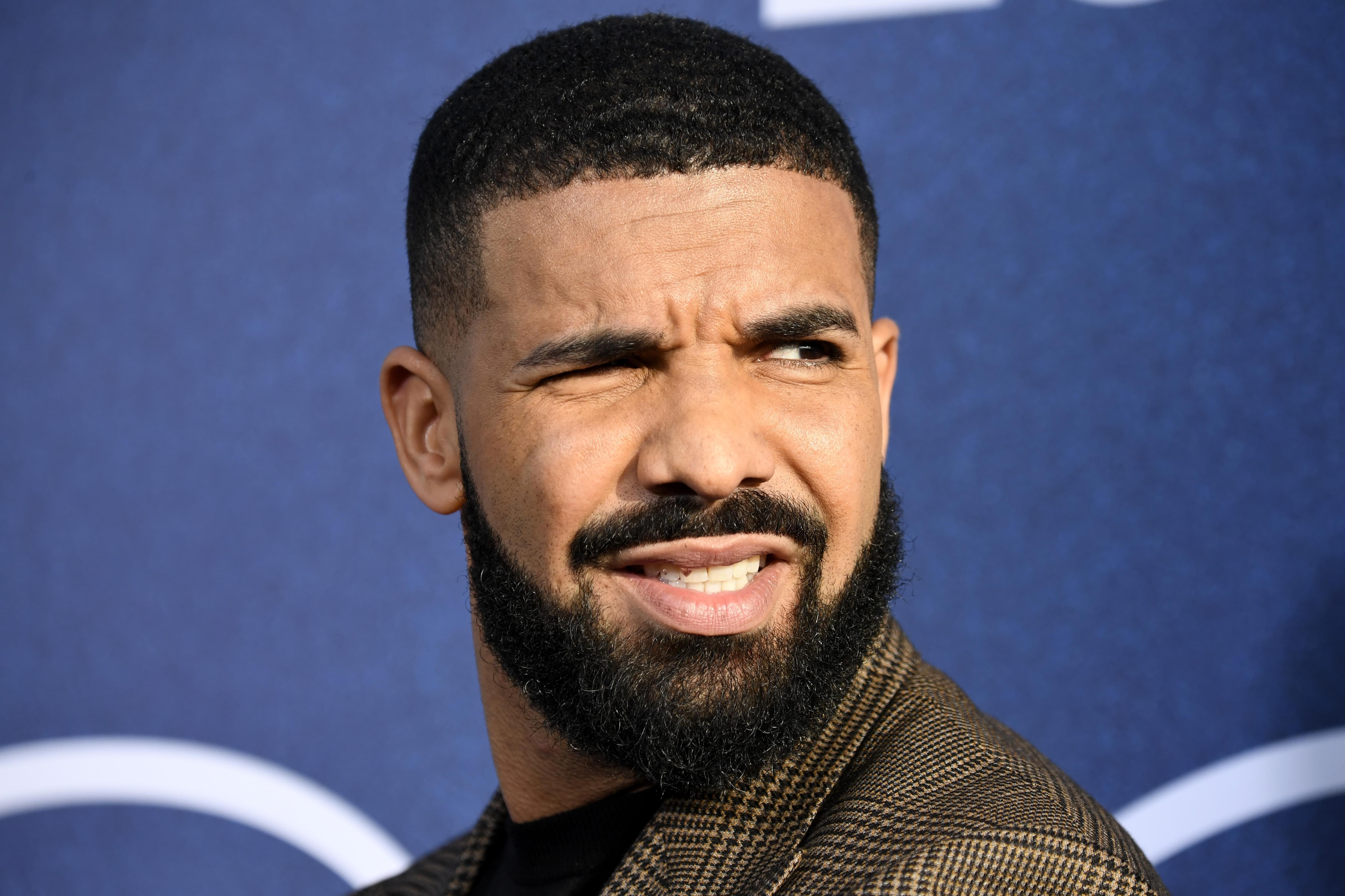 Drake Exposes Fraudulent Wedding Page