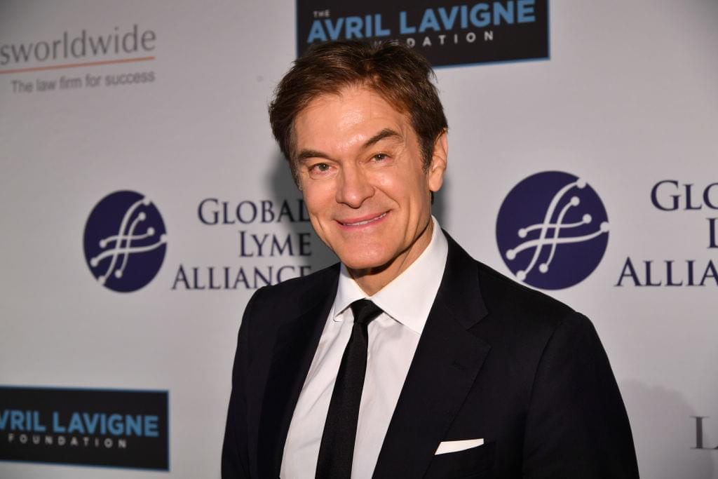 Kim Kardashian & Jamie Foxx Will Protest Instagram + Dr. Oz Explains Waiting To Take COVID Vaccines