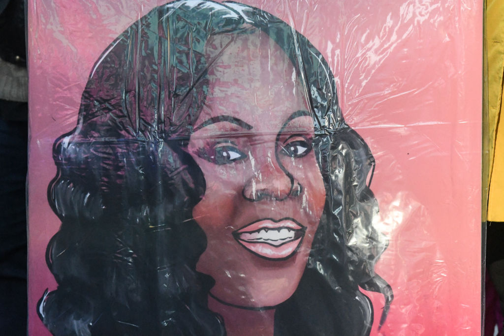 Internal Investigation Determines Police Should Not Have Fired Into The Home of Breonna Taylor