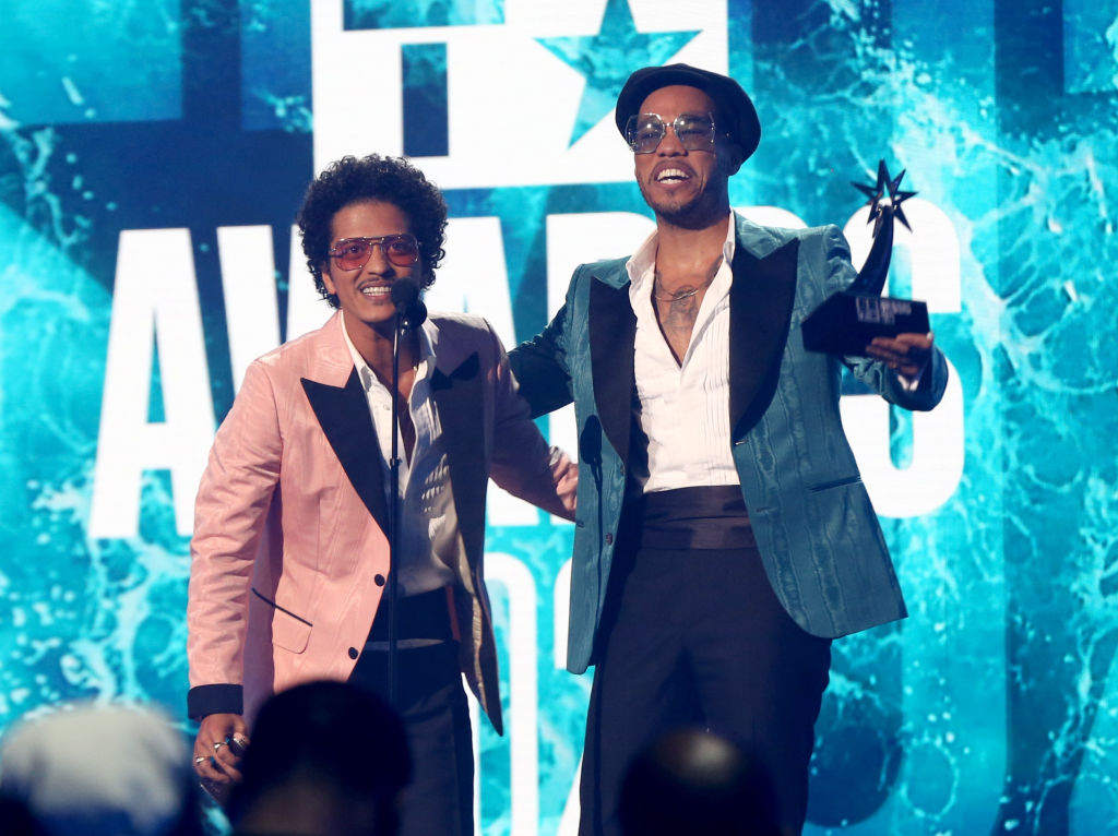 Bruno Mars & Anderson Paak Set To Release Silk Sonic Album In 2022