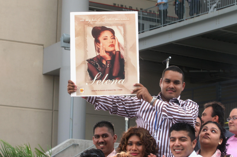 Selena Quintanilla x Forever21